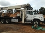 1997 Freightliner con Grúa National Crane 800C Cap. 21 Tons.